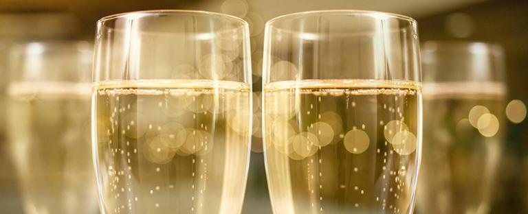 Les 50 Maisons de Champagne qui comptent sur les réseaux sociaux